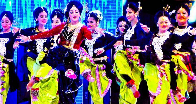 Sadia Islam Mou dance in BPL 2015
